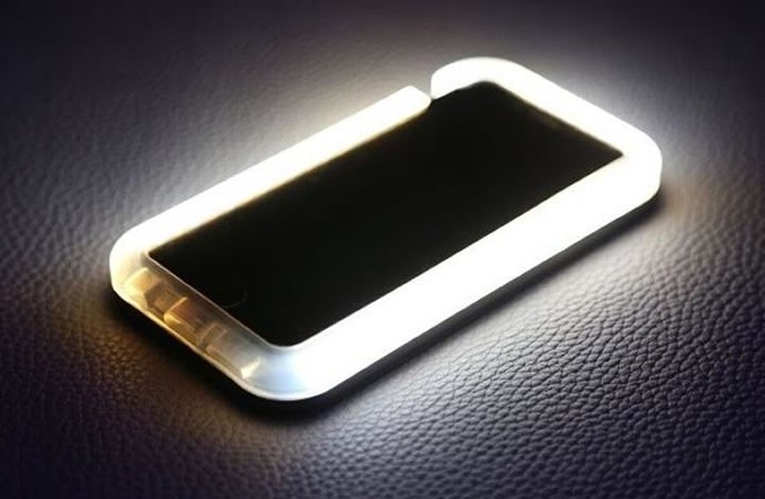 light-phone-case-default-600x427