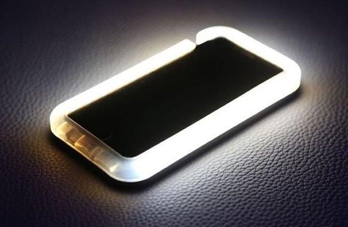 light-phone-case-default-600x427