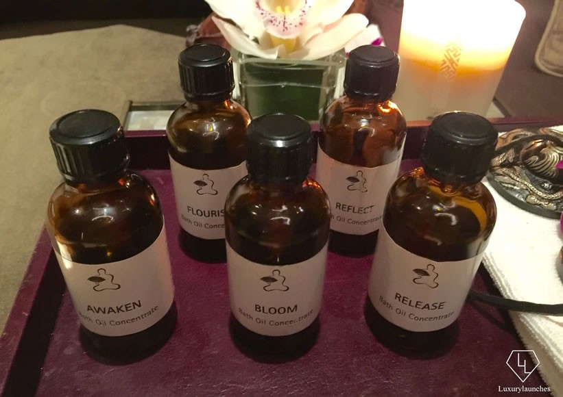 The five essential oils corresponding to the five elements wood (Awaken), water (Reflect), metal (Release), fire (Bloom) and earth (Flourish)