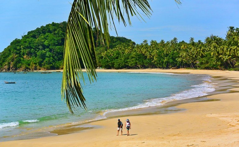 8-Ngapali-Beach