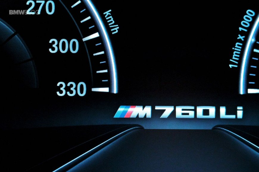 BMW-M760Li-xDrive-images-13