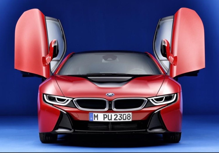 BMw-i8-protonic-red-2-750x525