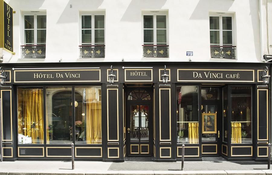 HOTEL DA VINCI FACADE 1