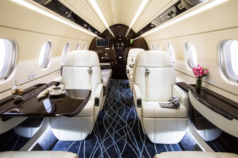 Jackie-Chan-Business-Jet-3