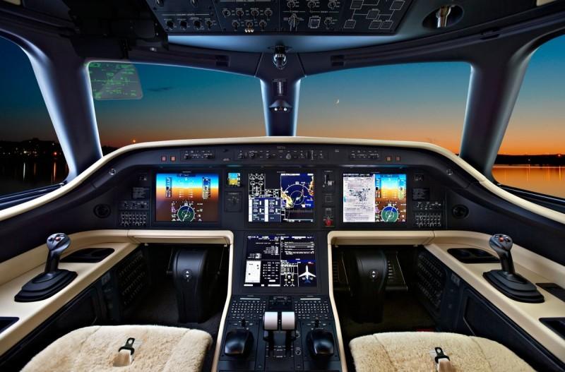 Jackie-Chan-Business-Jet-5