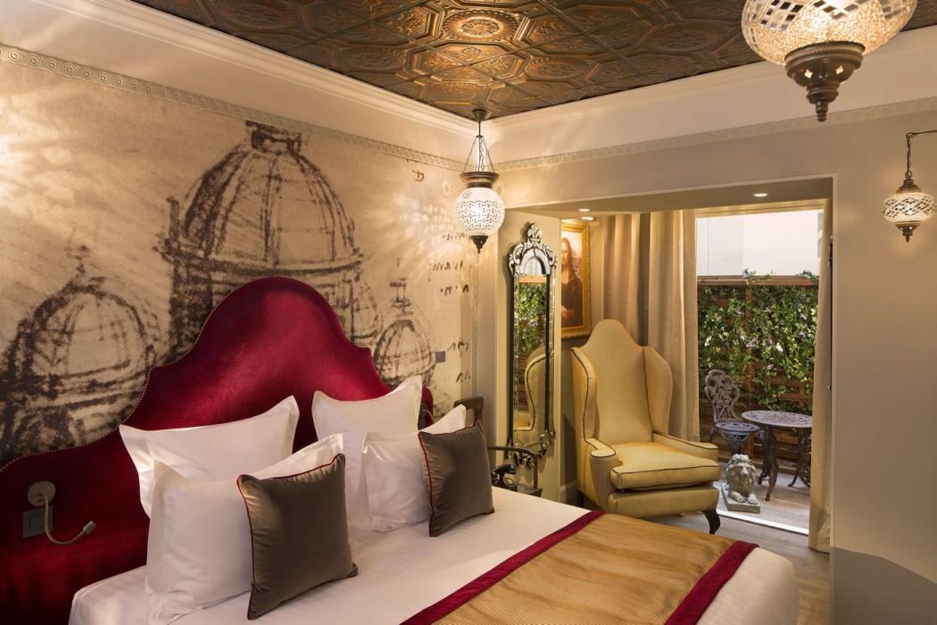 Hotel Da Vinci Of Paintings Purloined And Venice In Paris