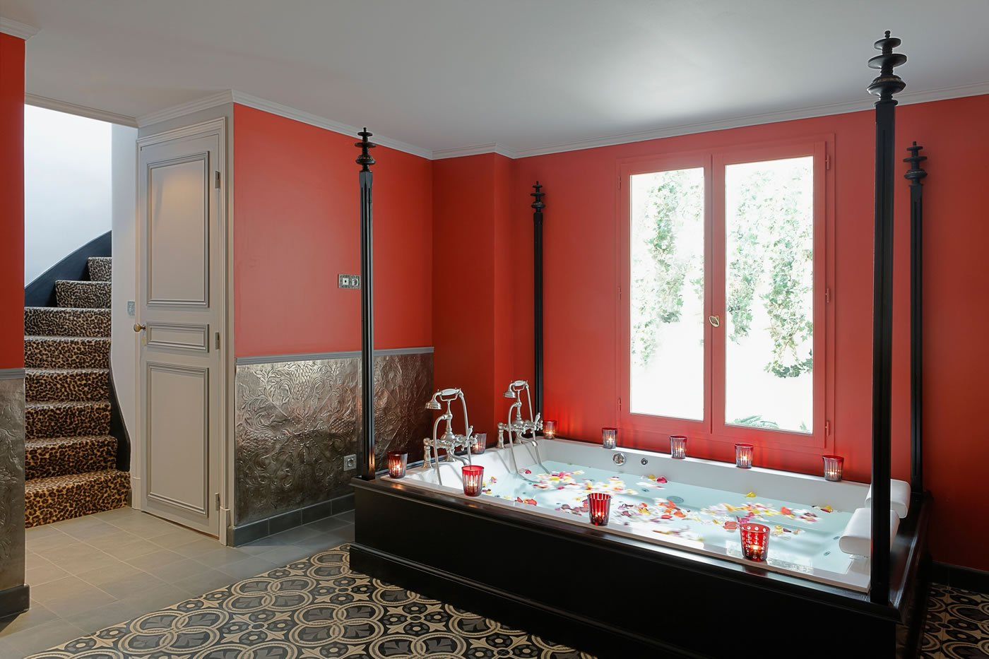 St james paris review for Hotel paris jacuzzi