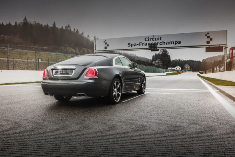 rolls royce pays tribute to the spa francorchamps grand prix circuit with a bespoke wraith. Black Bedroom Furniture Sets. Home Design Ideas