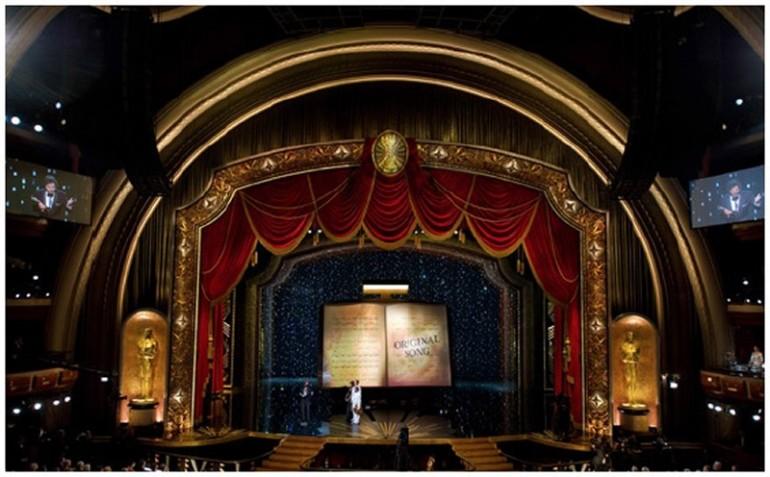 Swarovski Oscar Stage 2012
