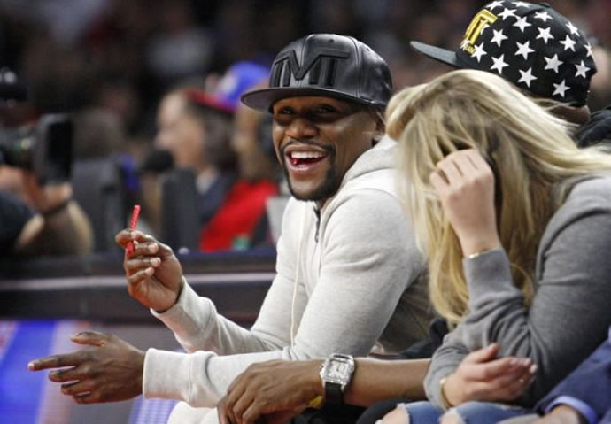 floyd-mayweather-jr-nba-golden-state-warriors-detroit-pistons-590x900