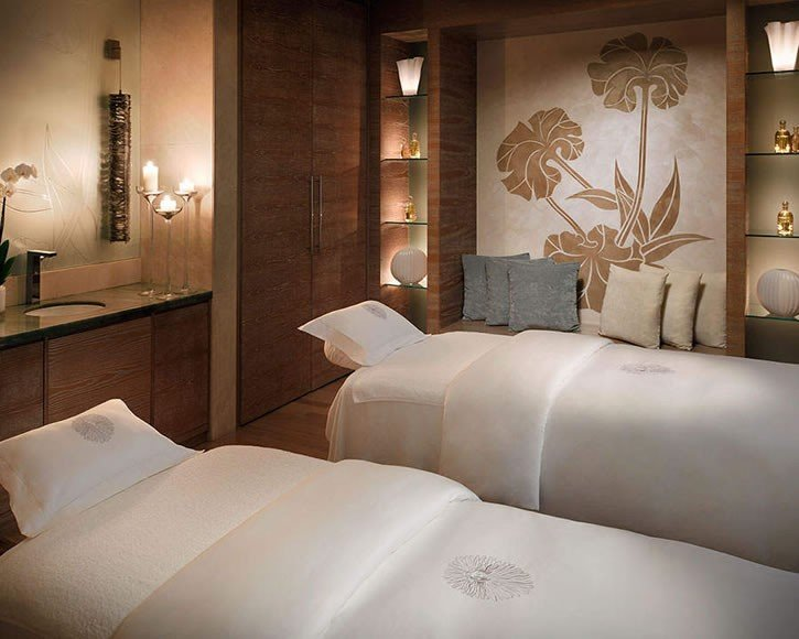 one-and-only-the-palm-spa-treatment-room