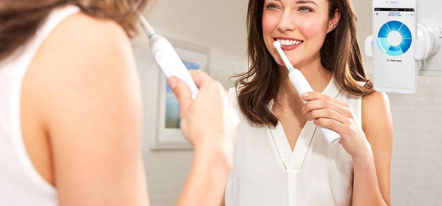 A toothbrush that works with a smartphone? Behold Oral B's Smartbrush : Luxurylaunches