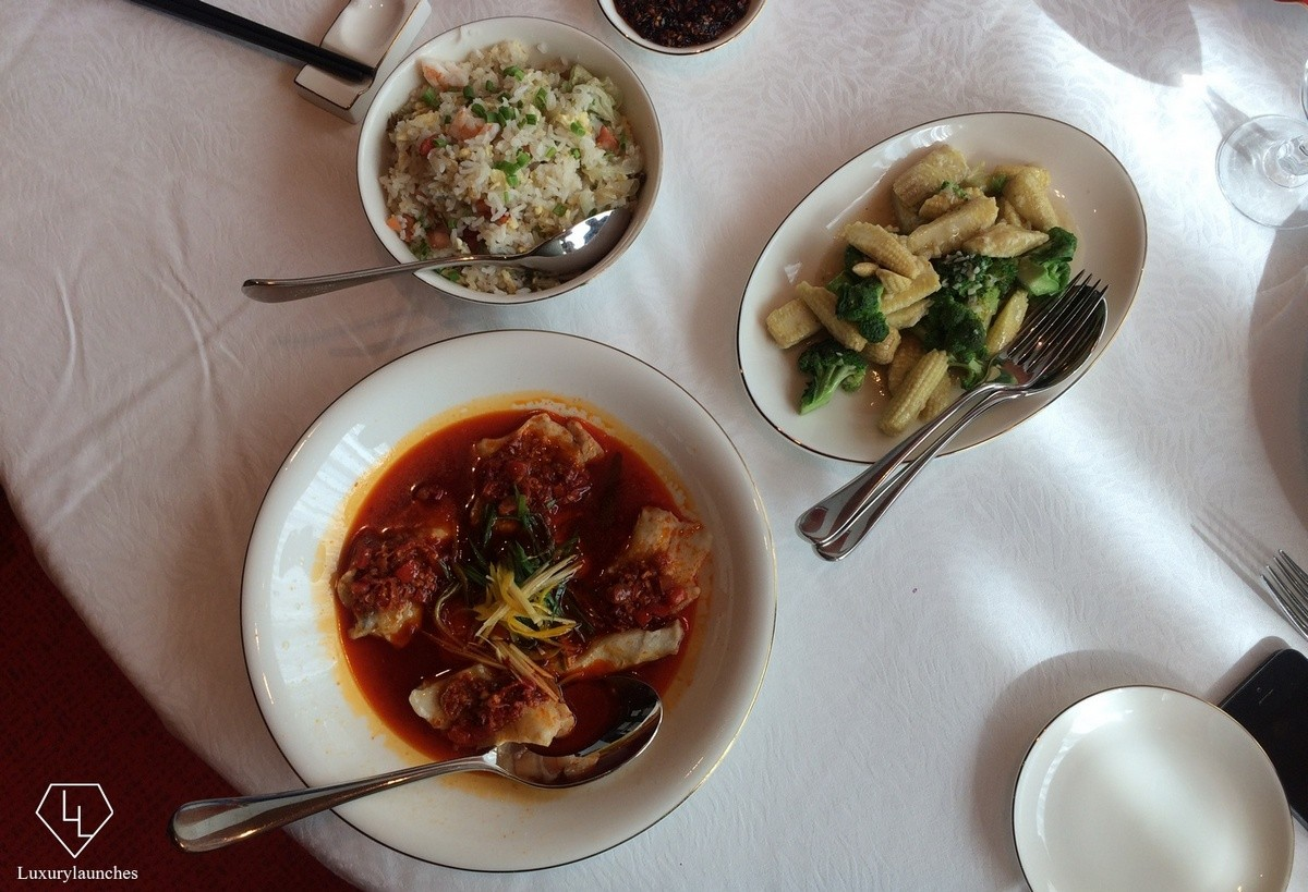 steamed-fish-with-stir-fried-baby-corn-shangrila-bangalore