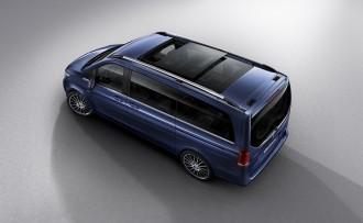 v-klasse-exclusive-exterieur-cavansitblau-metallic-panoram-1200x0