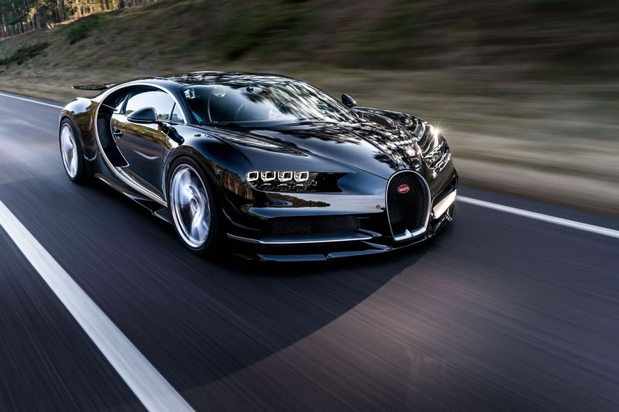04_CHIRON_dynamic_front_WEB