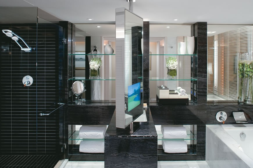 I loved the black and white marble, open-plan bathroom