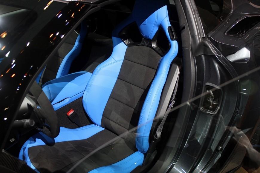 2017-chevy-covette-grand-sport-018-1