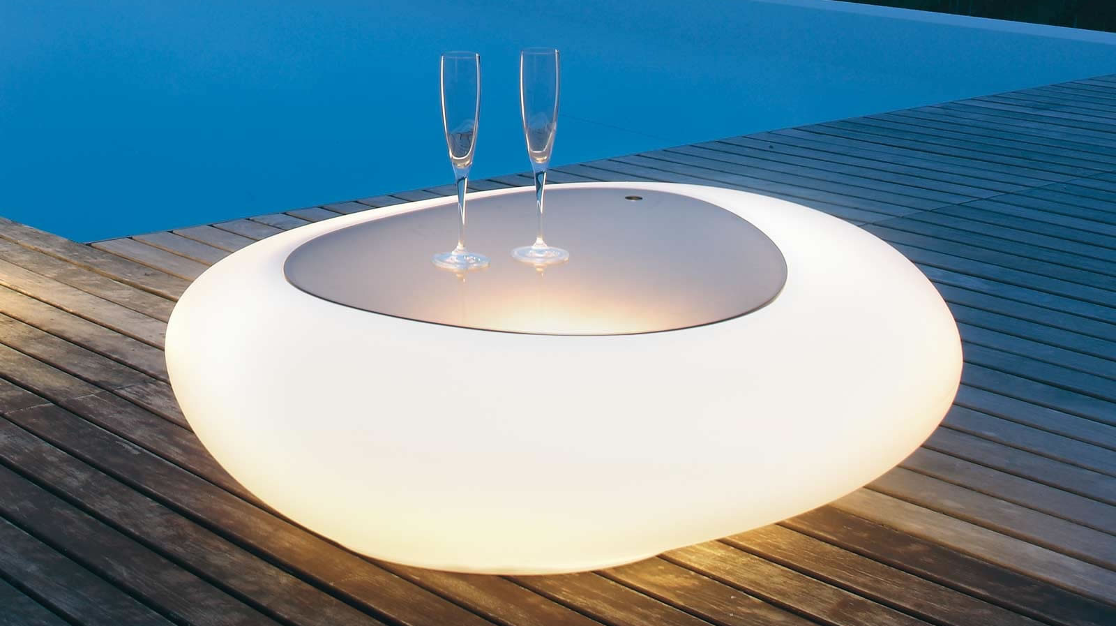 Tonin Casa unveils its stylish new illuminated Kos coffee tables -