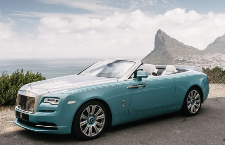 Rolls-Royce-Dawn-Luxury-Car-of-the-Year-1