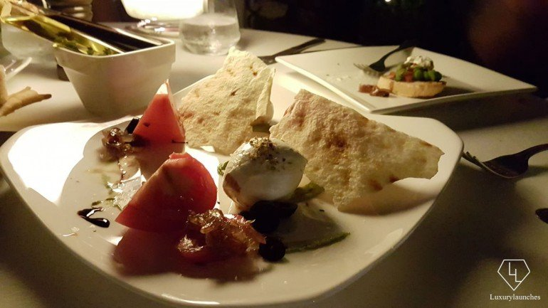 We enjoy some filling and soft Burrata at Splendido
