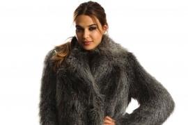 armani-exchange-fur-coat1
