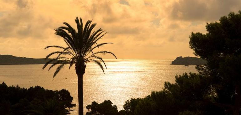 me-ibiza-hotel-sunset