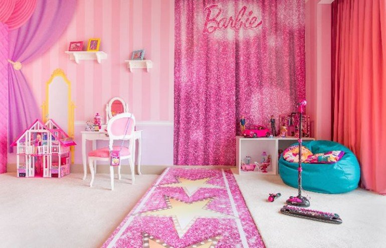 Barbie-room-300dpi-Web-3
