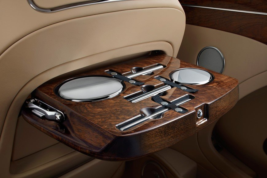Bentley_Mulsanne_first_edition_crew_vanityset
