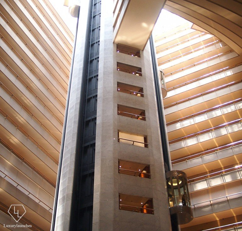 Elevators in the center of the atrium