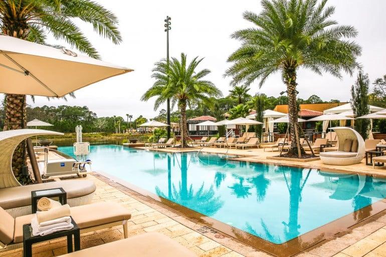 Four-Seasons-Disney-World-adult-pool2