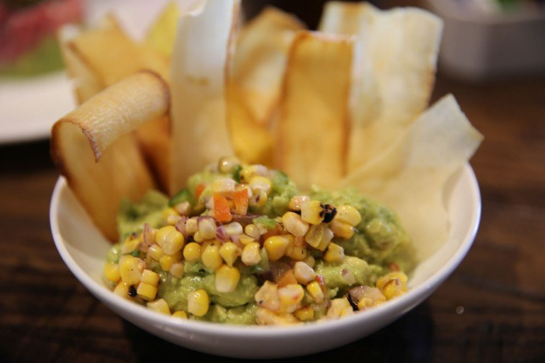 Four-Seasons-Disney-World-guacamole-plancha-47