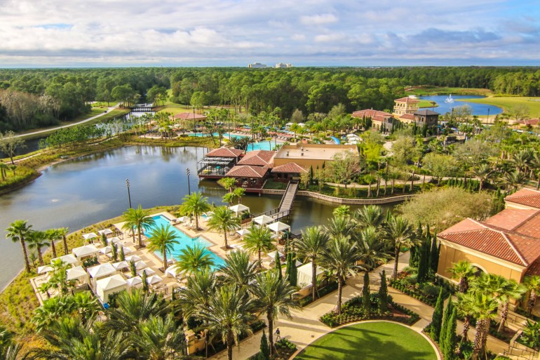 Four-Seasons-Disney-World-pool-area-from-balcony-27