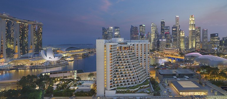 Mandarin Oriental Singapore's fan shaped building