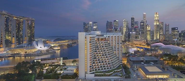 Mandarin Oriental Singapore's fan shaped building