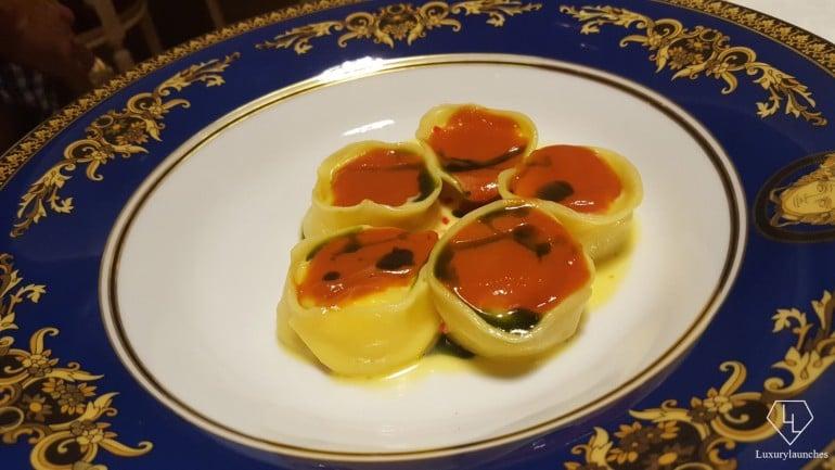 palazzo-versace-pasta