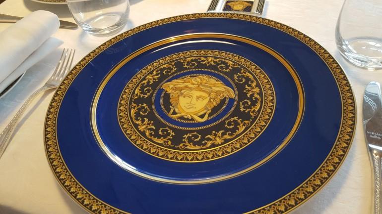palazzo-versace-plate