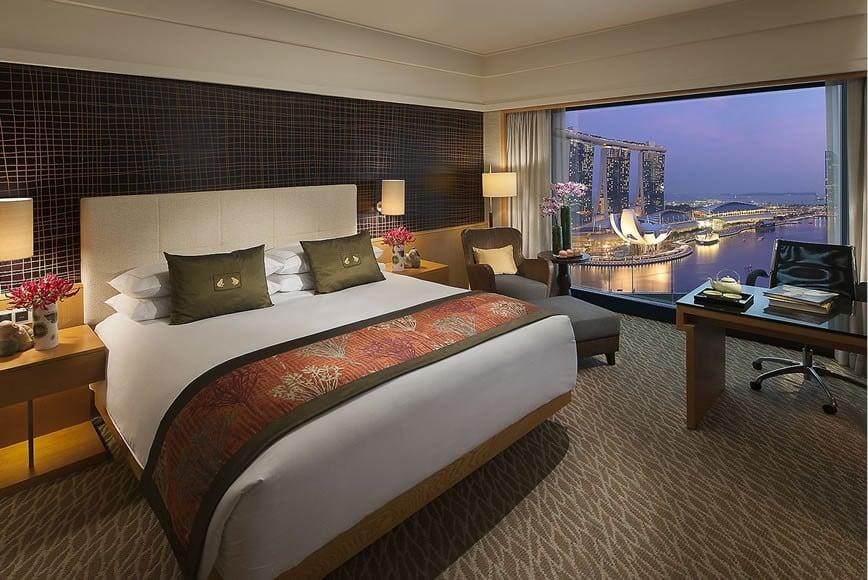 singapore-room-premier-harbour-room-1