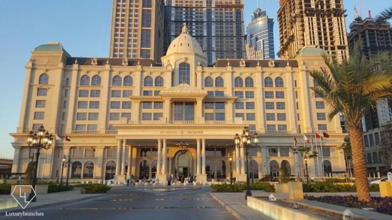 St Regis Dubai, unabridged