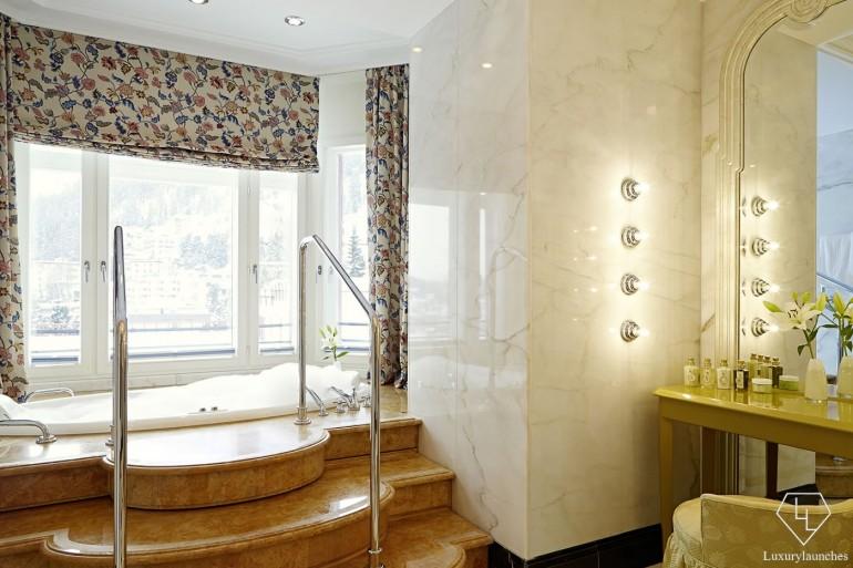 Suite_Hans-Badrutt_Bath_H_01