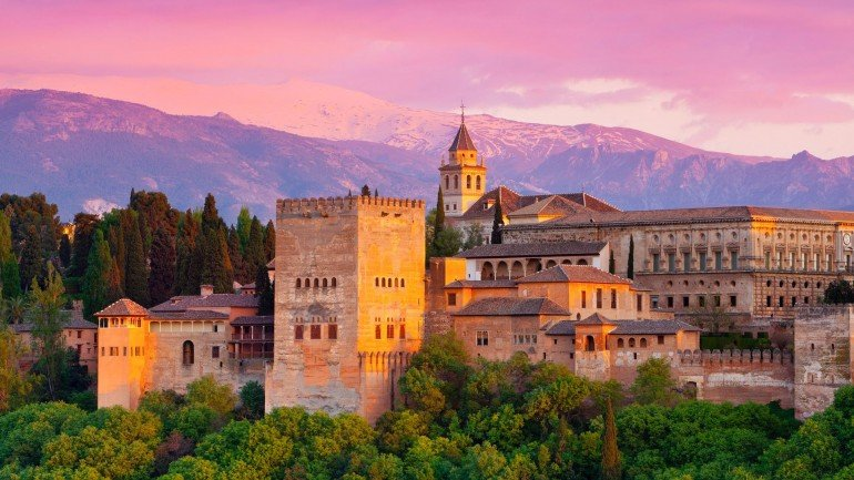 alhambra_palace__spain