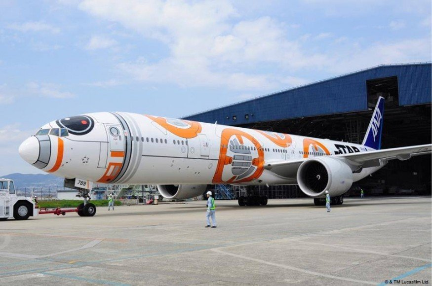 ana-star-wars-jet-2