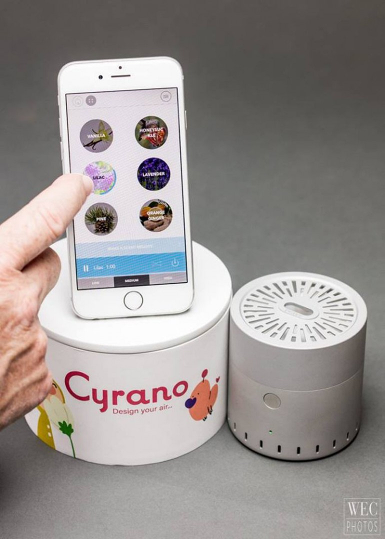 cyrano-scent-speaker
