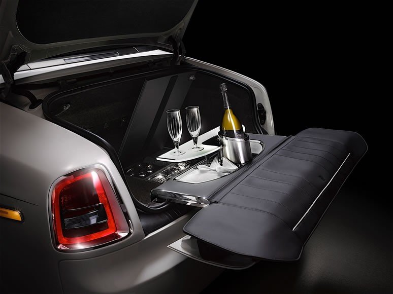 Rolls Royce Unveils Phantom Zenith Collection_3