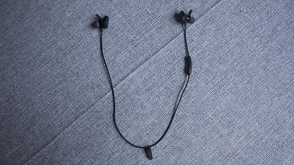 Bose wireless headphonres (2)