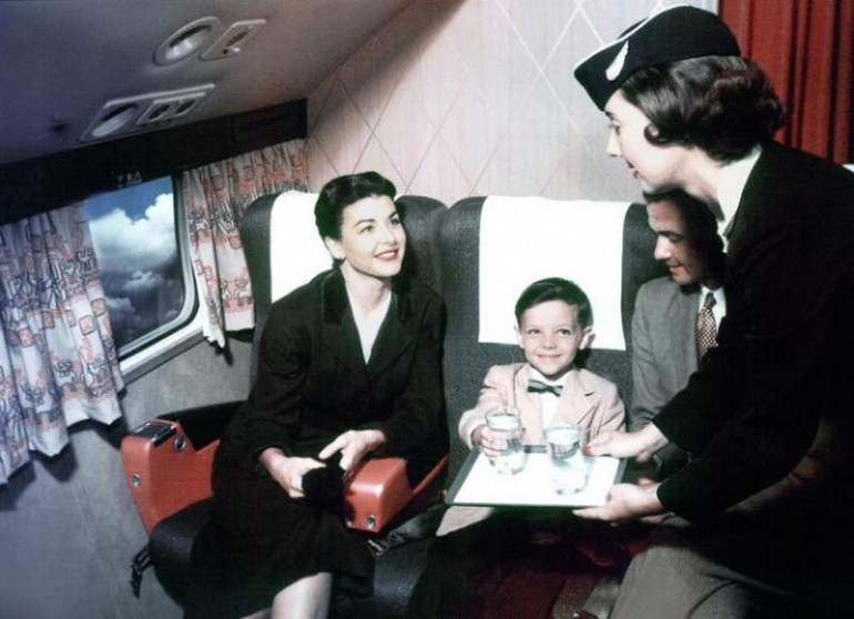 Flying-travel-1950s (2)