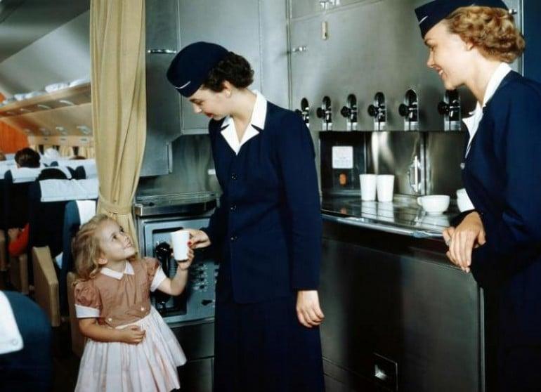 Flying-travel-1950s (3)