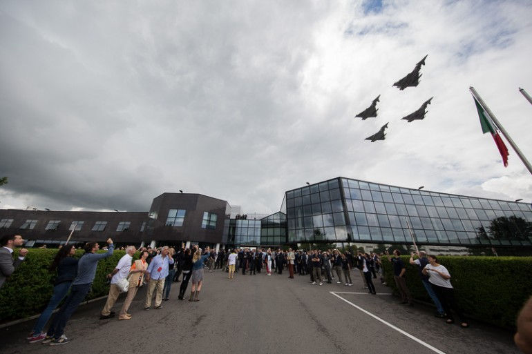 Jets from the Italian air force pay homage to the museum opening.