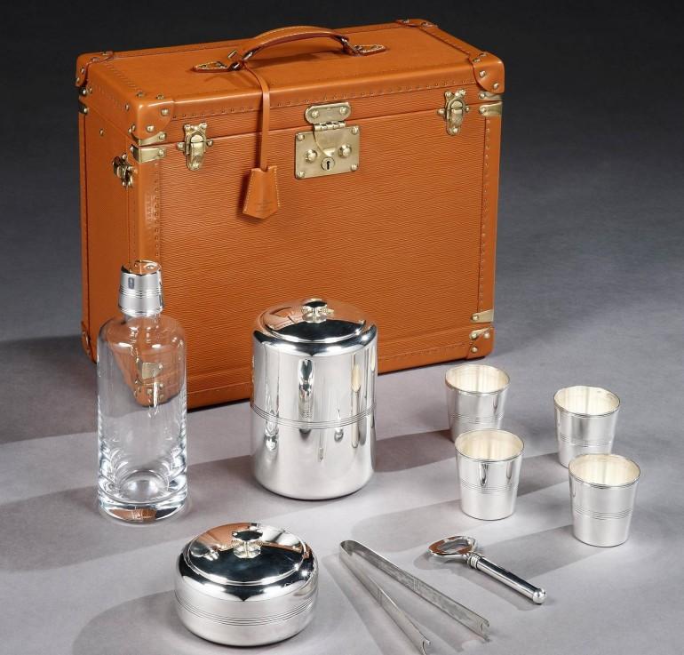 Louis_Vuitton_Traveling_Whisky_bar_1