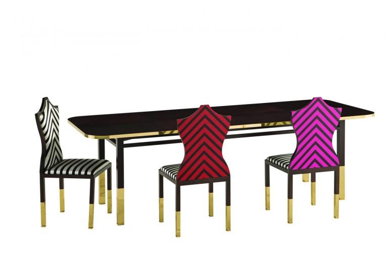 MAISON LACROIX_table de repas et chaises_1Omb