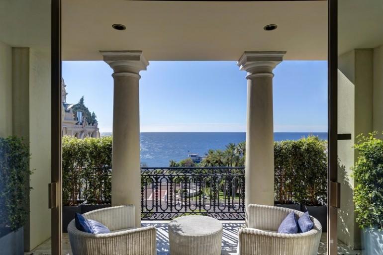 Maserati-Pop-Up-Suite-x-Hôtel-de-Paris-Monaco (1)